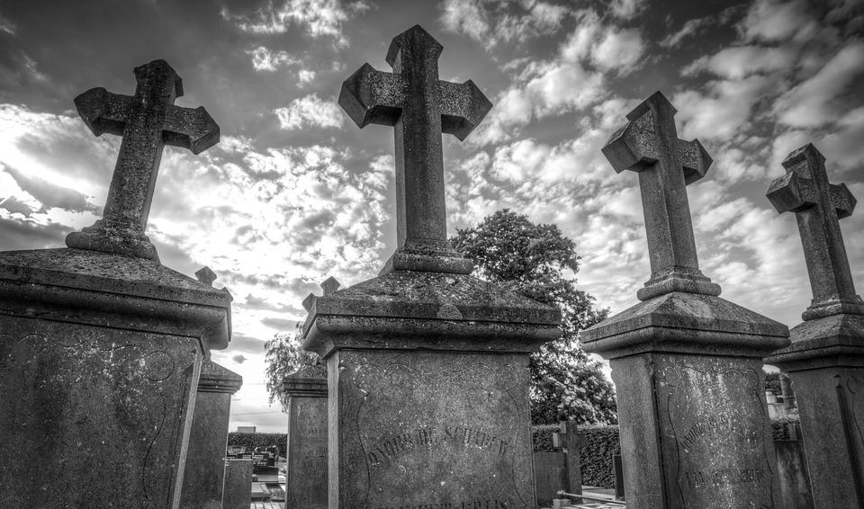 Comment choisir entre l'inhumation ou la crémation ? 3
