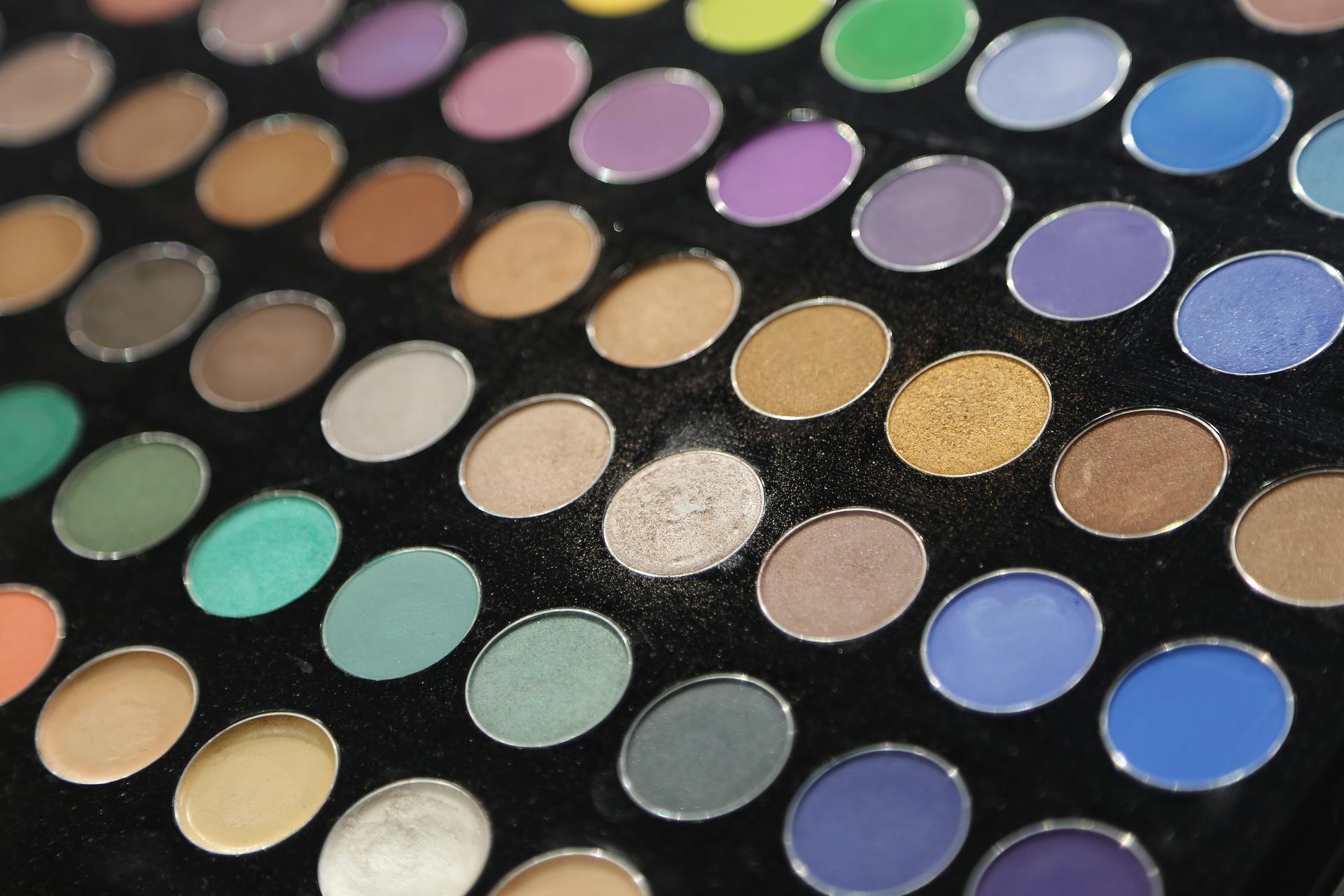Quel maquillage est adapté contre la fatigue? 3