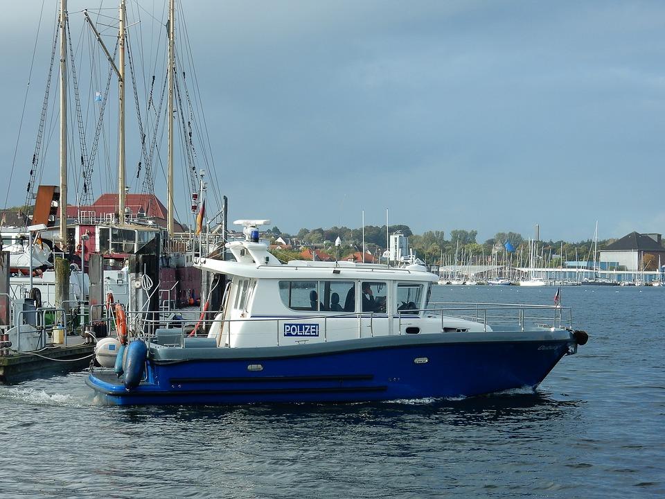 Rendez-vous chez un professionnel de la Rochelle pour l'entretien de votre bateau 3
