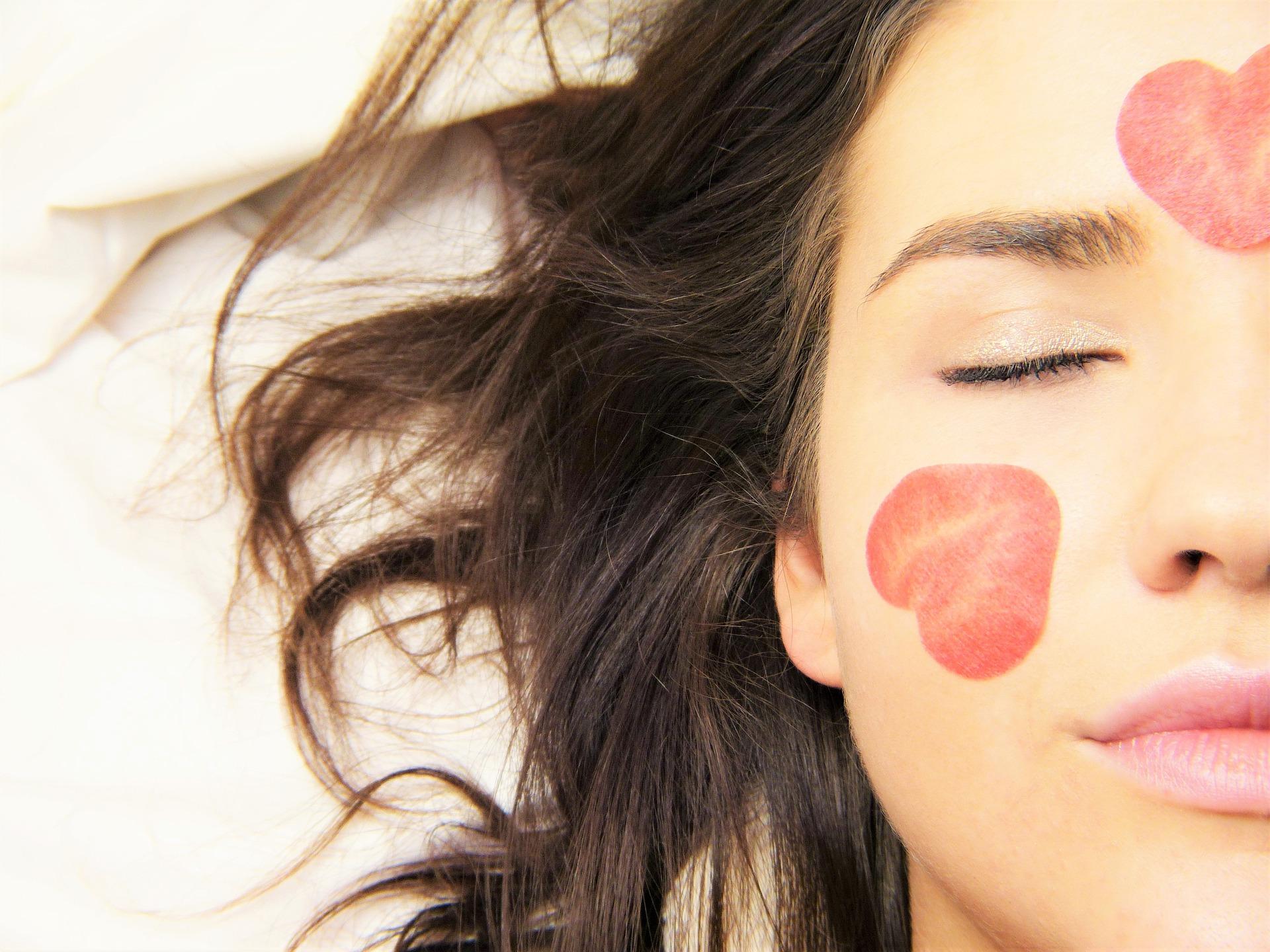 Comment prendre soin de mon visage pour lutter contre les effets du temps ? 3