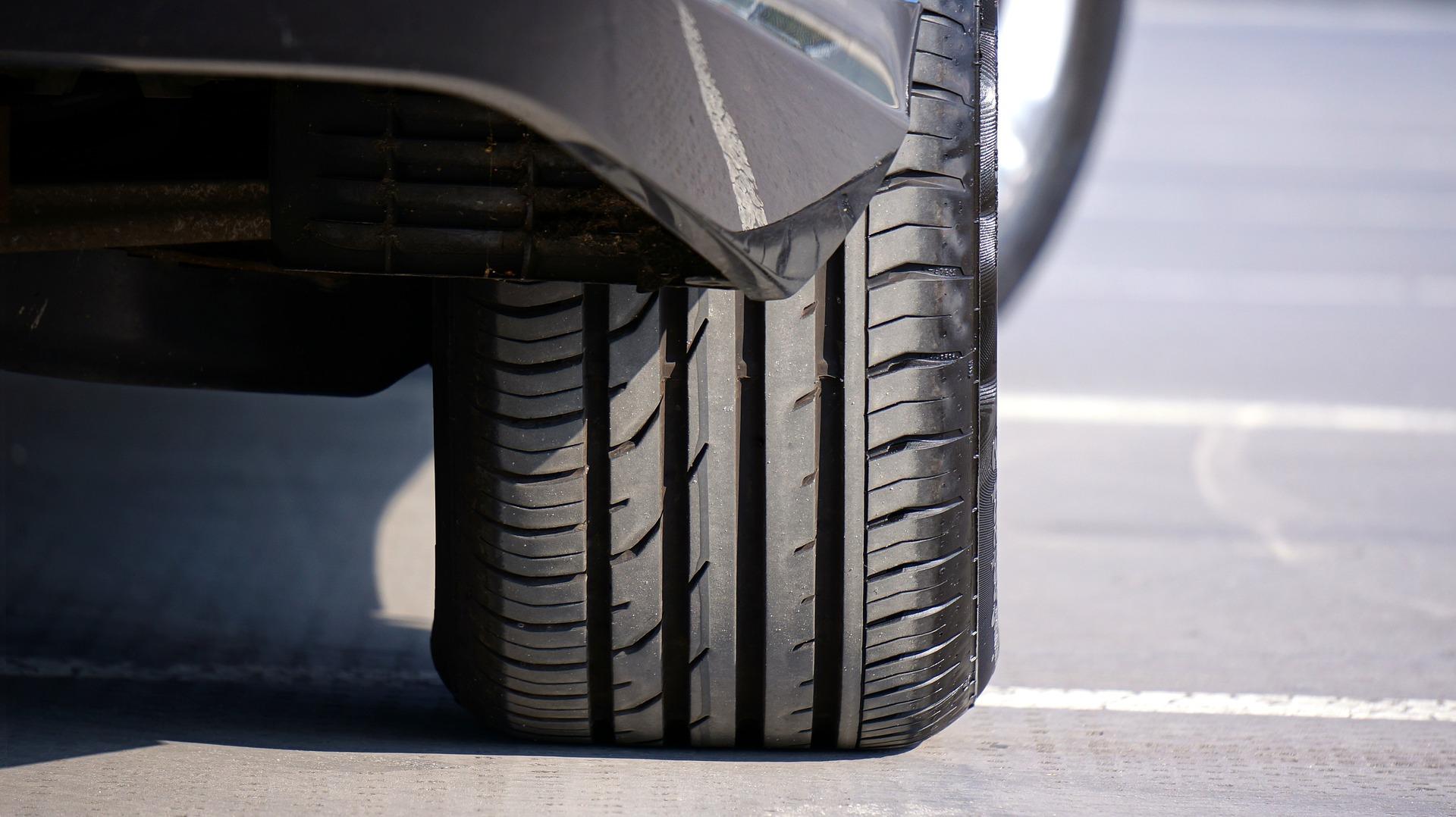 Affinez vos connaissances sur le parallélisme de votre voiture 3