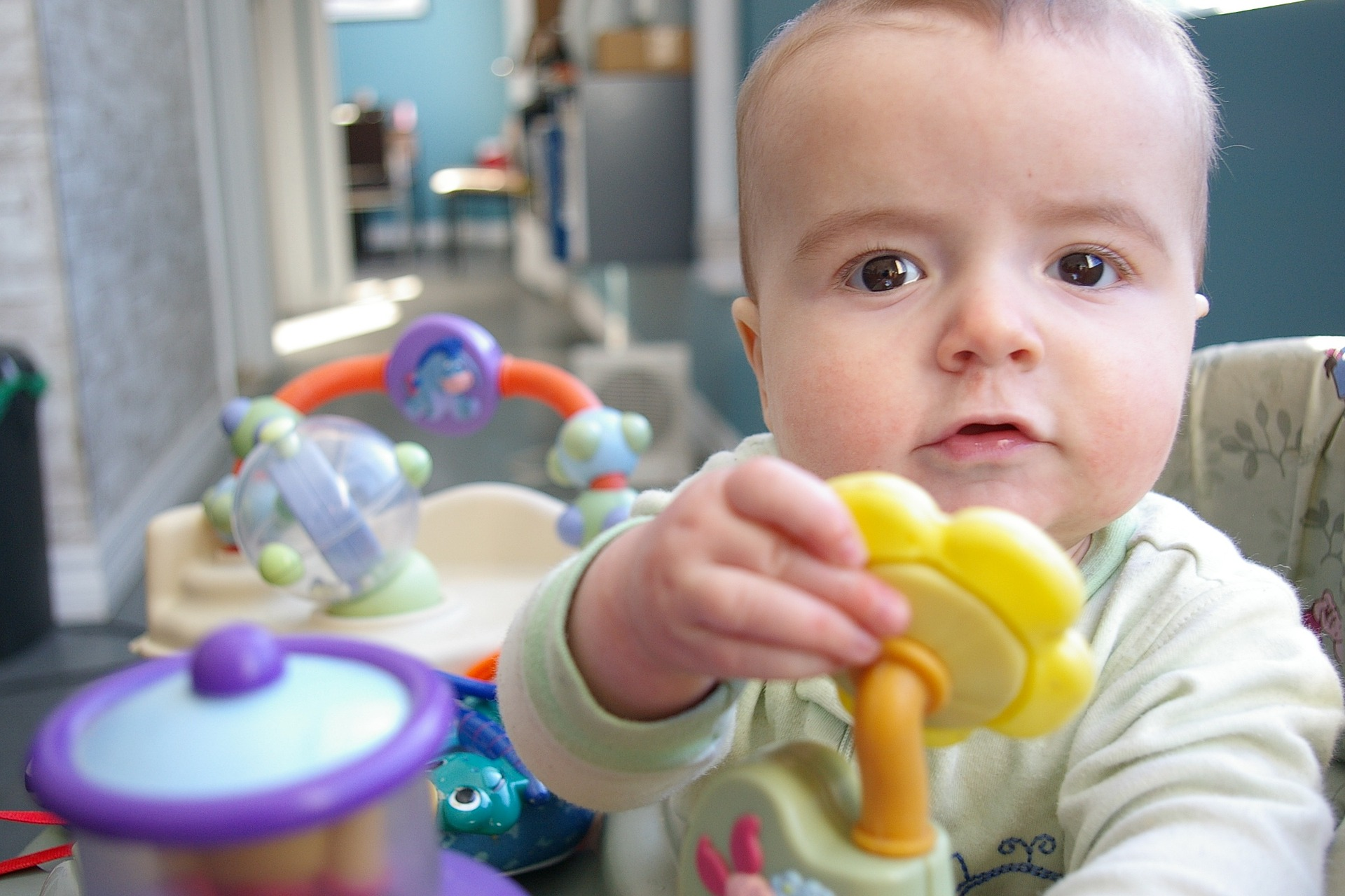 Tout ce qu'il faut savoir sur l'éveil de bébé 1